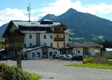Ferienwohnung Traumblick Dolomiten - Parkplätze